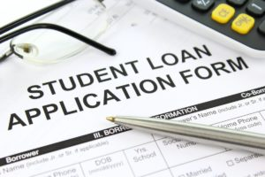 Defaulting on student loans consequences